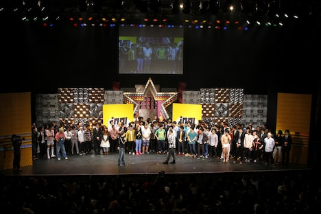 「ing!to2013 ~iNFINITY nEXT gENERATION~」の模様。(c)吉本興業
