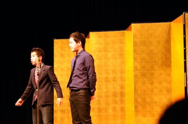 「平成25年 漫才新人大賞」予選会でネタを披露するウエストランド。