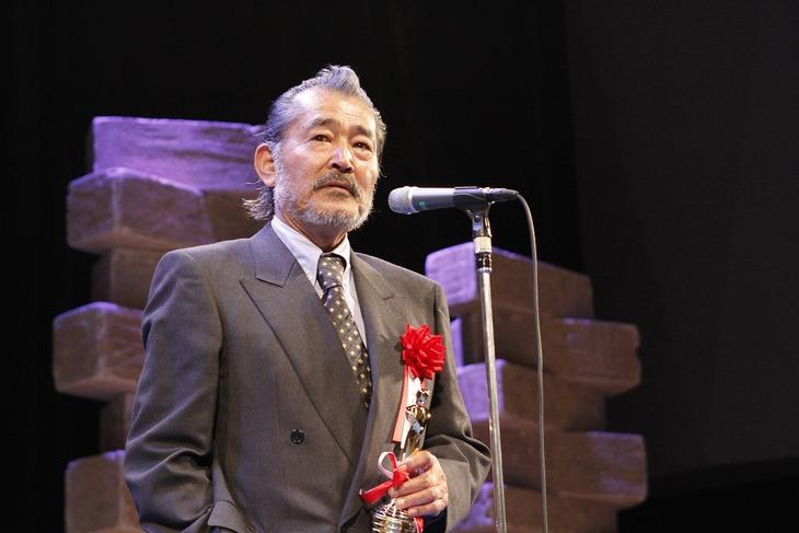 ダイヤモンド大賞を受賞した藤竜也。(c)日本映画批評家大賞