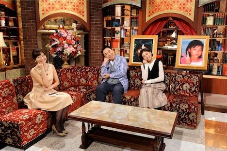 (左から)久冨慶子テレビ朝日アナウンサー、ドランクドラゴン塚地、ラブリ。(c)テレビ朝日