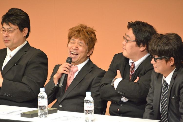 左からしあつ野郎、プラスマイナス兼光、タイムマシーン3号・関、花香よしあき。