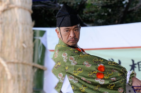 タウンワークのCM「相撲の行司」編に出演する松本人志。