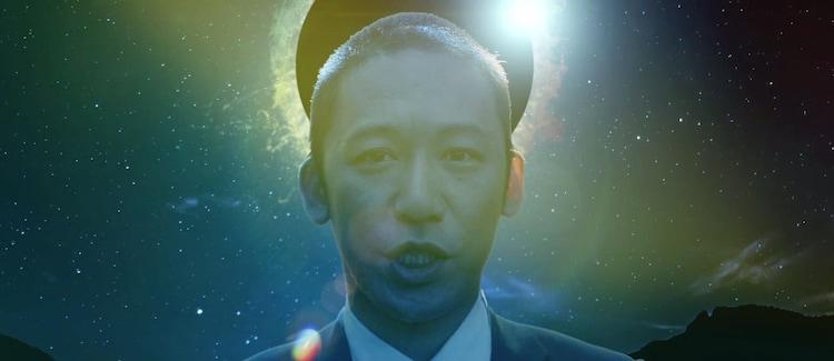 WEAVER「KOKO」 MV(バズリズムVer.)に出演するヴィンテージ武井。