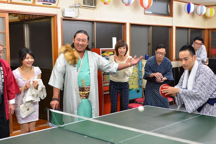 「田沼旅館の奇跡」のワンシーン。(c)2016吉本興業