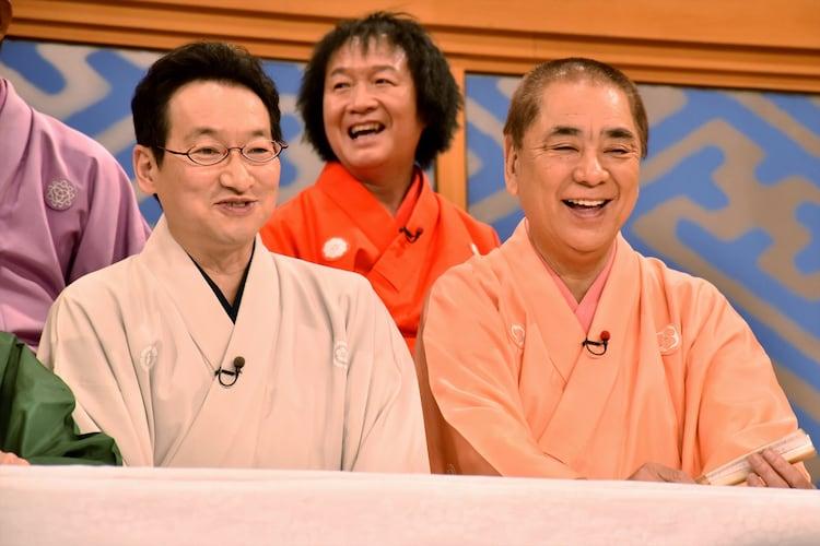 (手前左から)春風亭昇太、三遊亭好楽。