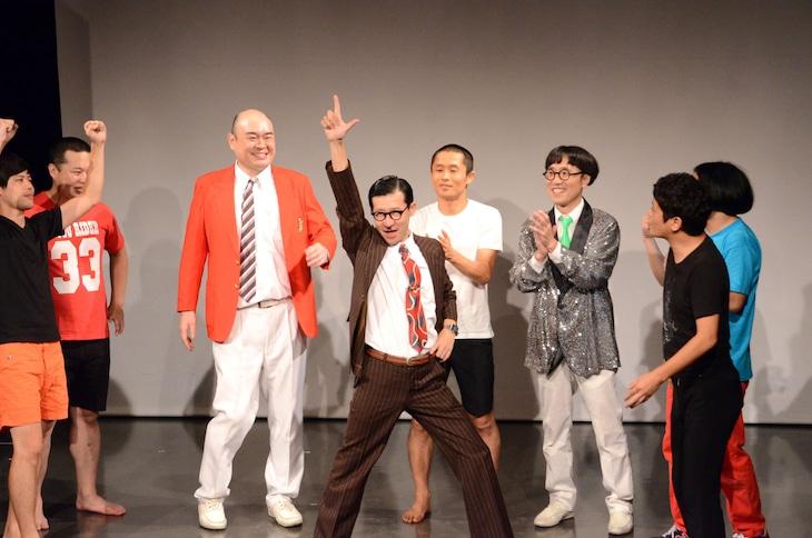 「ノーセンスユニークボケ王決定戦」で初優勝を飾ったイワイガワ・岩井ジョニ男。