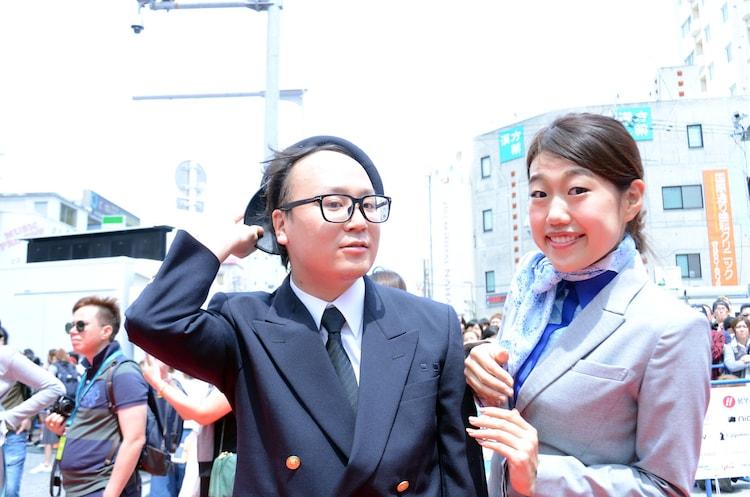 トレンディエンジェルたかし(左)と横澤夏子(右)。