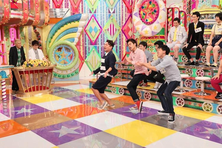 フースーヤのネタにFUJIWARA藤本が参加するシーン。(c)テレビ朝日