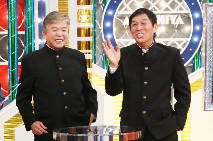 村上ショージ(左)と明石家さんま(右)。(c)MBS