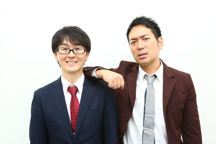スーパーマラドーナ。左から田中、武智。