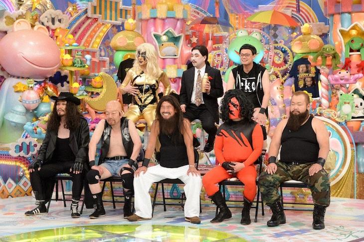 「アメトーーク!」に集結する「WWE芸人」たち。(c)テレビ朝日