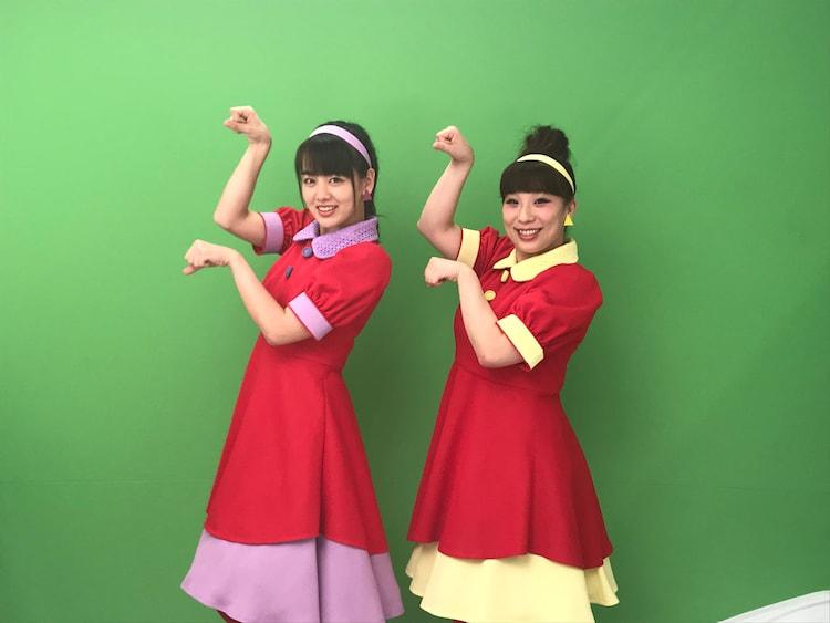 伊原六花(左)と森田まりこ(右)。