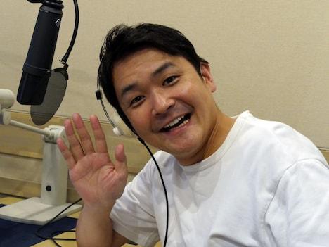 ナレーションを務める千鳥ノブ。(c)NHK