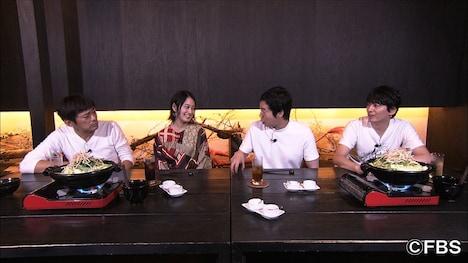 左から博多華丸、吉本実憂、今田耕司、博多大吉。