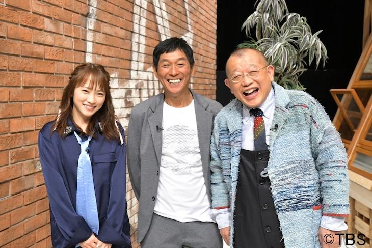 「A-Studio」に出演する明石家さんま(中央)と、笑福亭鶴瓶(右)、川栄李奈(左)。