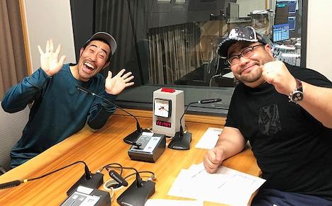 なすび(左)と髭男爵・山田ルイ53世(右)。