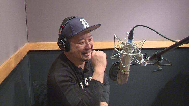 「土バラ『ここで、笑う』」にて声の出演をする、ケンドーコバヤシ。(c)中京テレビ