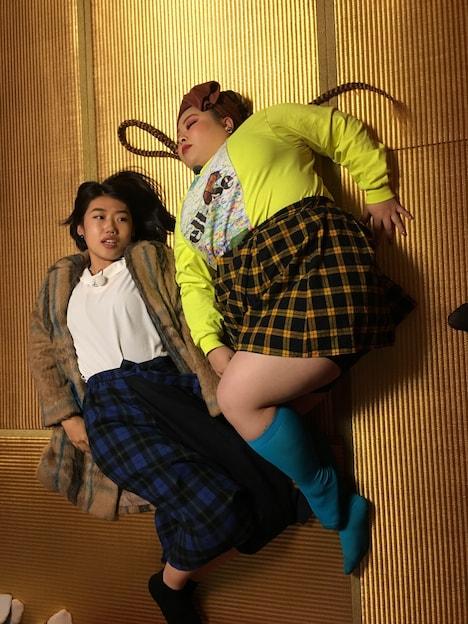 左から横澤夏子、渡辺直美。(c)日本テレビ
