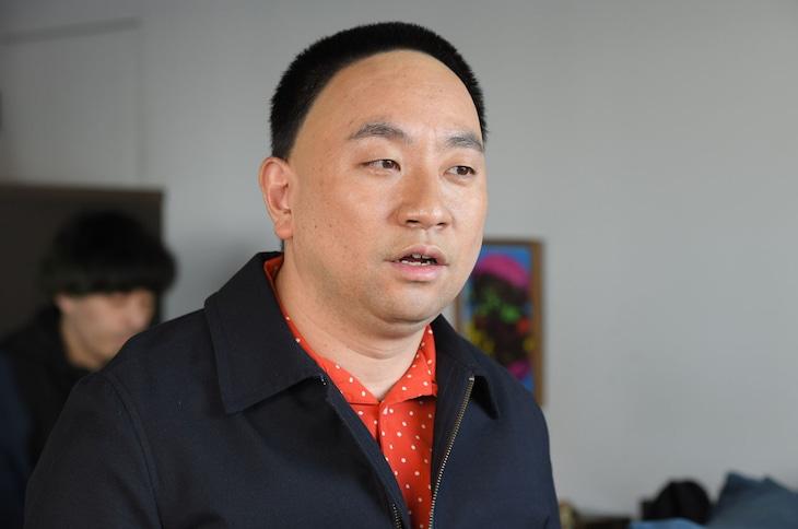 レイザーラモンRG演じるおしゃべりな男・久保田。