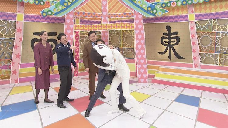 ダニエルズと魔人無骨が出演するワンシーン。(c)中京テレビ