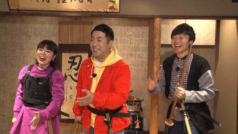 左からブルゾンちえみ、和牛。(c)日本テレビ