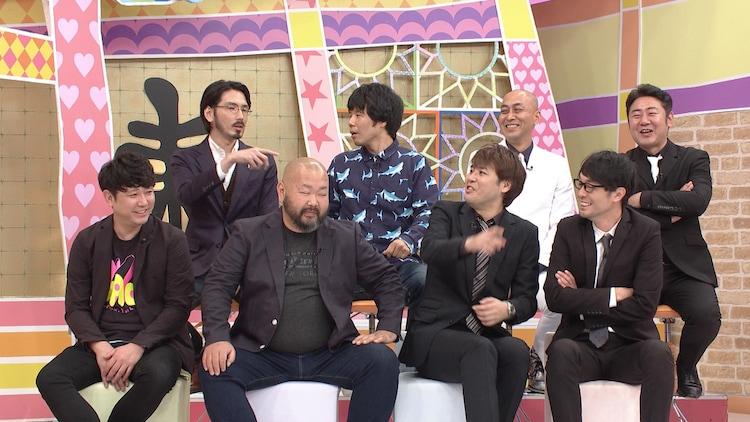 (前列左から)東京ダイナマイト、スパローズ、(後列左から)馬鹿よ貴方は、錦鯉。(c)中京テレビ