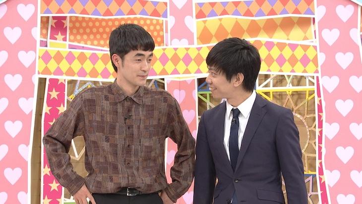 「前略、西東さん」で即興ネタを披露する、たくろう赤木(左)とキュウ清水。(c)中京テレビ