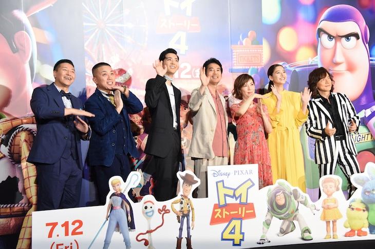 左からチョコレートプラネット、竜星涼、唐沢寿明、戸田恵子、新木優子、ダイアモンド☆ユカイ。