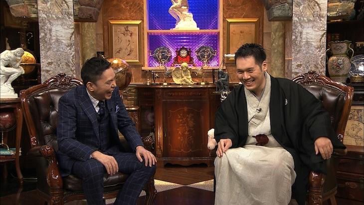 「お願い!ランキング」内の「太田松之丞」第4夜に出演する(左から)爆笑問題・太田、神田松之丞。(c)テレビ朝日