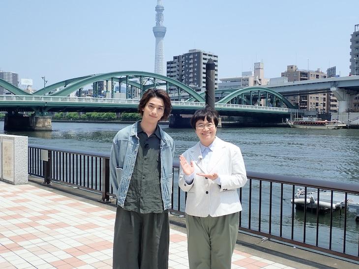 左から横浜流星、ハリセンボン春菜。(c)日本テレビ