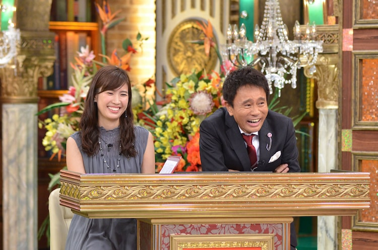 玉巻映美MBSアナウンサー(左)、浜田雅功(右)。(c)MBS