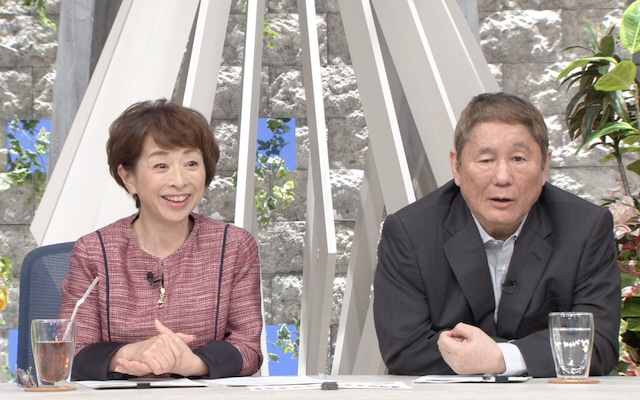 (左から)阿川佐和子、ビートたけし。(c)テレビ朝日