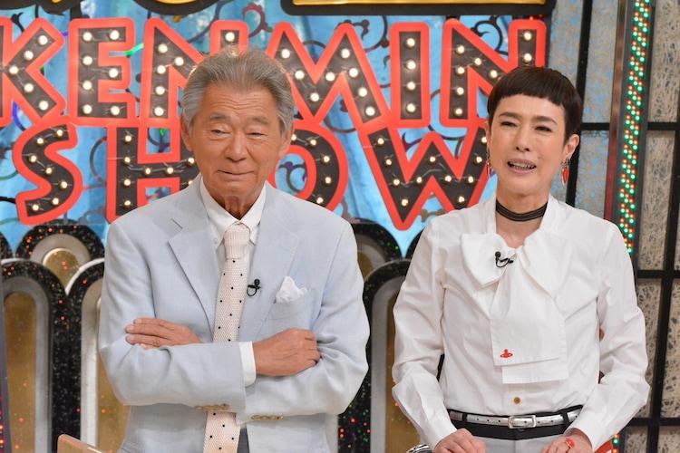 左からみのもんた、久本雅美。(c)読売テレビ