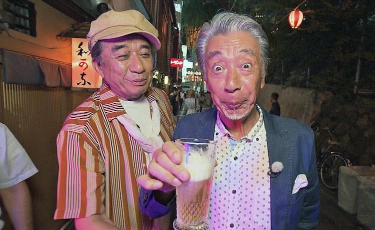 「高田純次のぶらり!夜の盛り場はしご酒3」に出演する(左から)渡辺正行、高田純次。(c)BS朝日