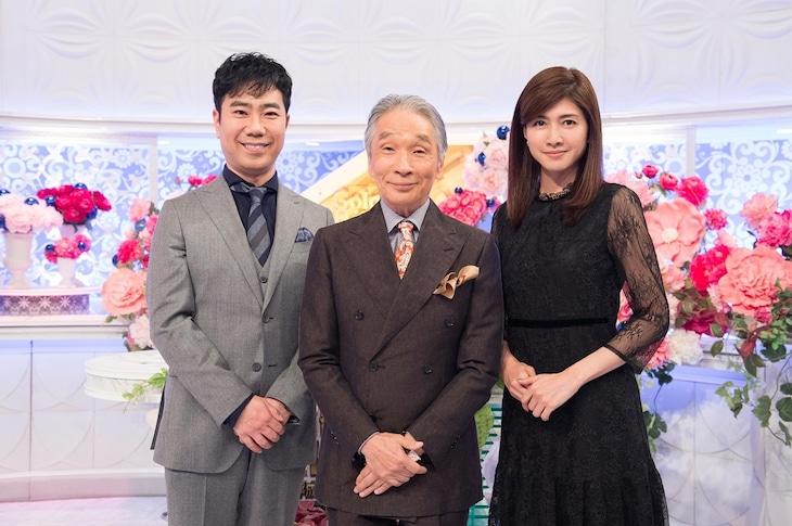「歌のゴールデンヒット~昭和・平成・令和の歴代歌王ベスト100~」MCの(左から)藤井隆、堺正章、内田有紀。(c)TBS