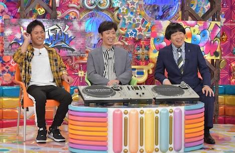 (左から)狩野英孝、フットボールアワー後藤、蛍原徹。(c)テレビ朝日