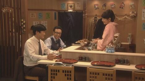 鈴木杏樹が出演するコント「タバコをやめた男」より。(c)NHK