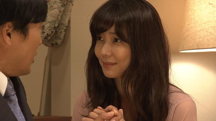 コント「いかがわしい店」より。(c)NHK