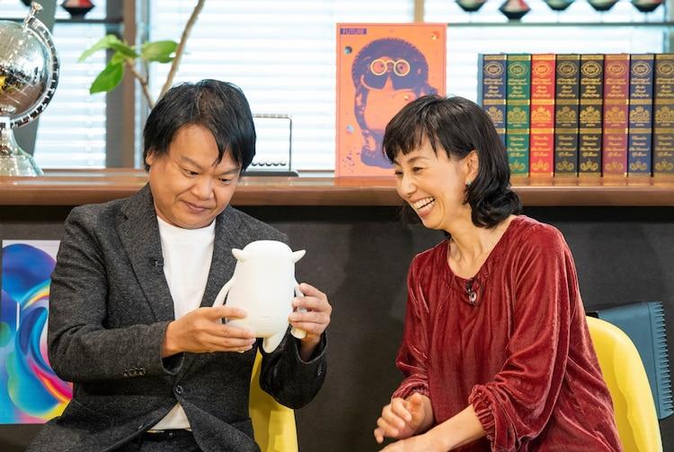 左から星田英利、東尾理子。(c)読売テレビ