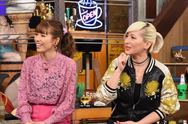 左から若槻千夏、LISA。(c)日本テレビ