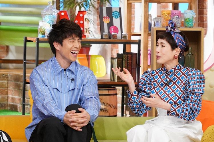 左から中尾明慶、久本雅美。(c)日本テレビ