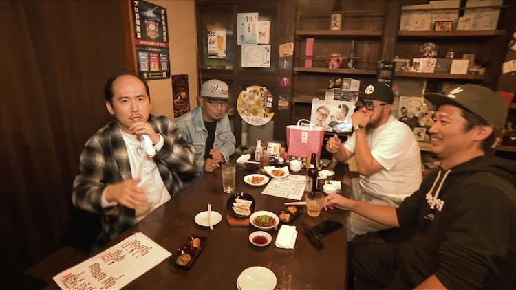 トレンディエンジェル斎藤(左)