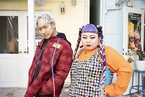 小森隼(左)と渡辺直美(右)。(c)NHK