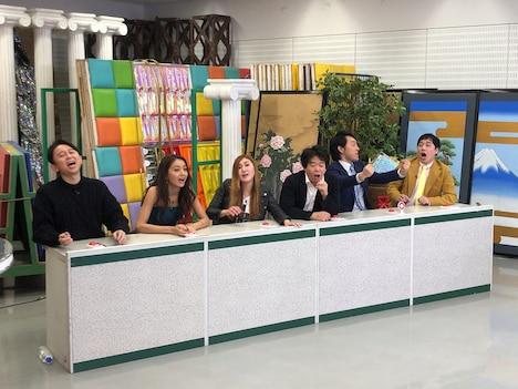 (左から)有吉弘行、池田美優、納言・薄幸、宮下草薙、霜降り明星せいや。(c)テレビ朝日