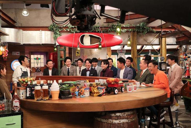 「M-1グランプリ2019」ファイナリスト6組がゲスト出演する「おかべろ」のワンシーン。(c)関西テレビ
