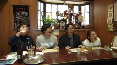 「フォトぶら」のワンシーン。(c)関西テレビ