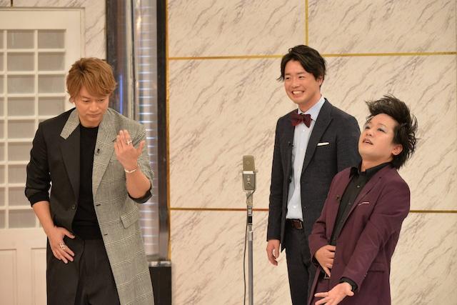 (左から)香取慎吾、ぺこぱ。(c)フジテレビ