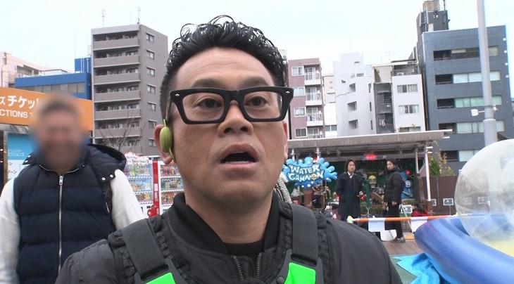 「変装かくれんぼ ハイド&シーク」に出演する宮川大輔。(c)TBS