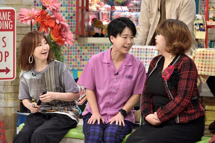左からYOU、天才ピアニスト。(c)読売テレビ