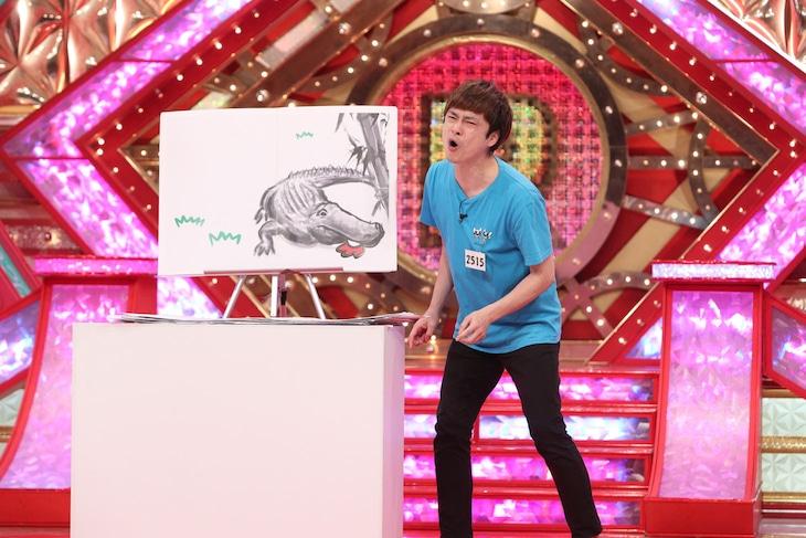 ファーストステージでネタを披露する大谷健太。
